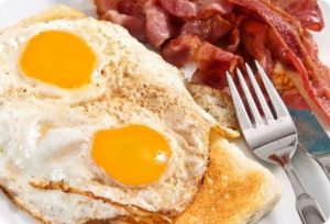10 alimentos que aumentam o colesterol
