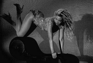 Os exercícios que você faz de Beyoncé quando ela tem 5 minutos livre