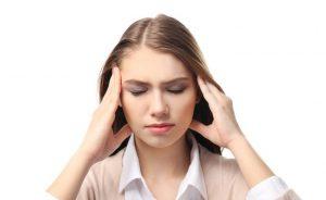 Dores de cabeça e enxaqueca dores de cabeça: quais são as diferenças?