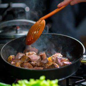 5 dicas para uma culinária saudável para tornar as suas noites mais fáceis